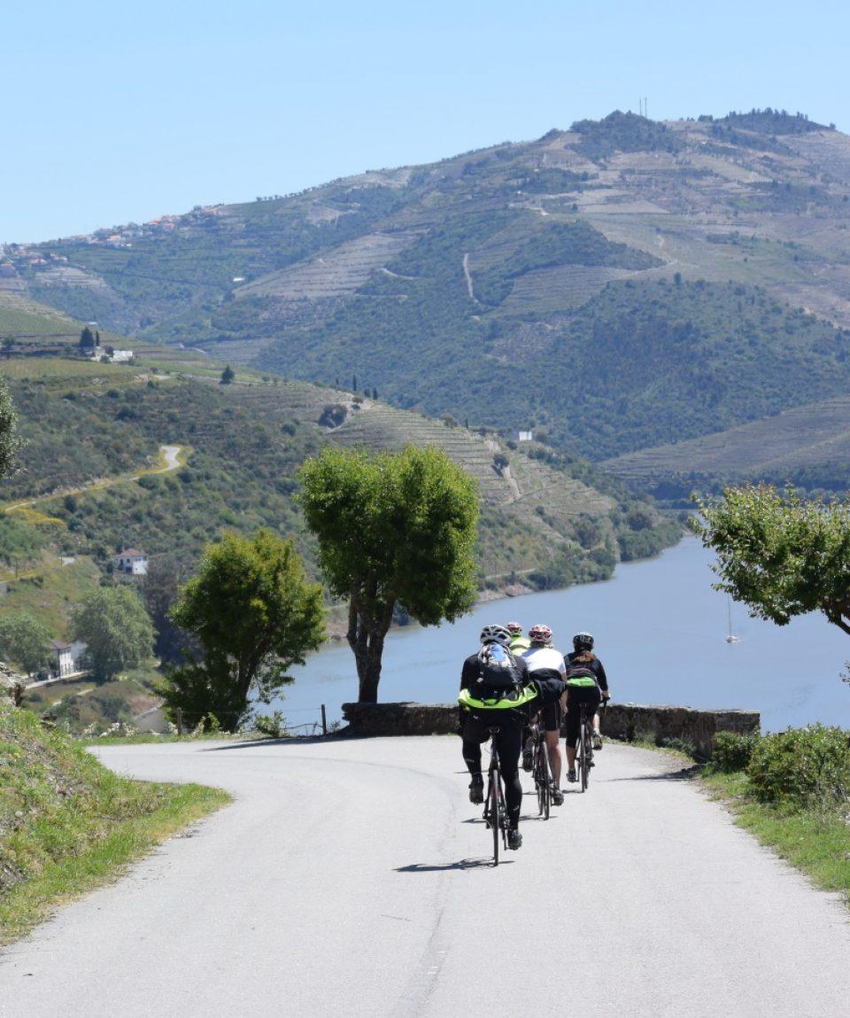 resize_biking douro (22)